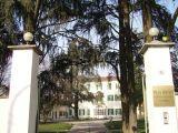 Villa Teruzzi, rosario in chiesa per ospiti e operatori