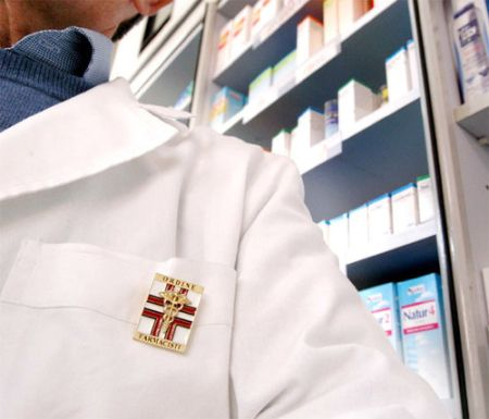 b_450_500_16777215_00_images_farmacia.jpeg