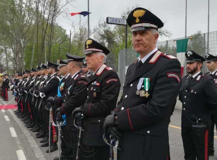 I carabinieri tornano a Vimercate, ma rischiano lo sfratto